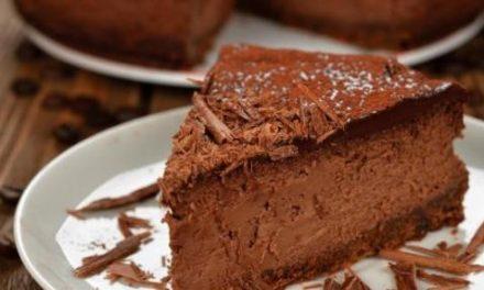 Cheesecake gelado de chocolate com café